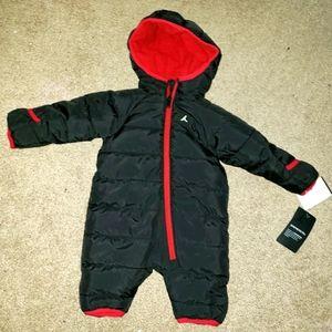 NWT Jordan baby boys black snowsuit size 3mos
